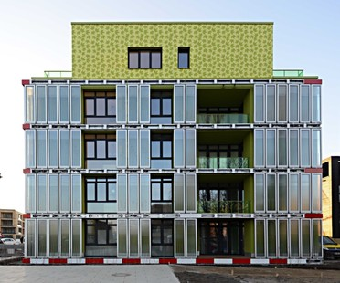 Arup wins the 2014 Zumtobel Group Award with SolarLeaf