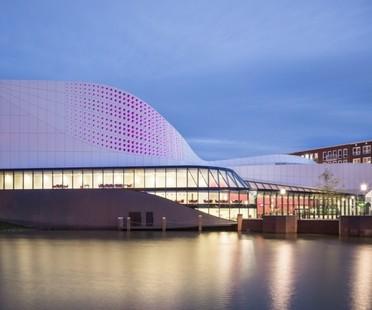 Ben van Berkel  UNStudio, Theatre de Stoep in Spijkenisse