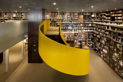 Isay Weinfeld. Livraria da Vila © Leonardo Finotti