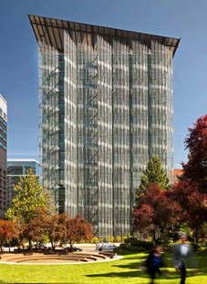 Cutler Anderson Arch. Edith Green-Wendell Wyatt Federal Building ph.Nick Lehoux