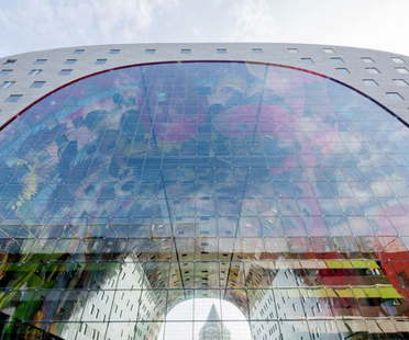Winy Maas and Hans Schröder win an award for their Markthal