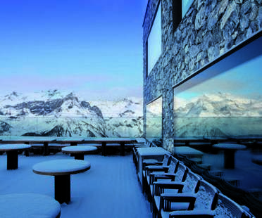 Chetzeron Hotel, a hotel in the Alps