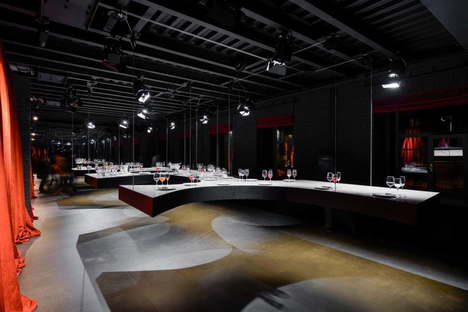 Metrogramma SuperSurfaceSpace Iris Gallery for Contemporary Design Moscow