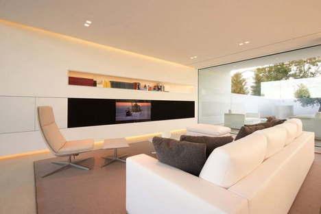 Jesolo Lido Pool Villa technology, architecture and simplicity