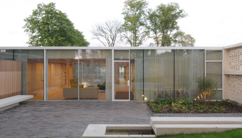 Reiach and Hall Architects, Maggie's, Lanarkshire, Scotland