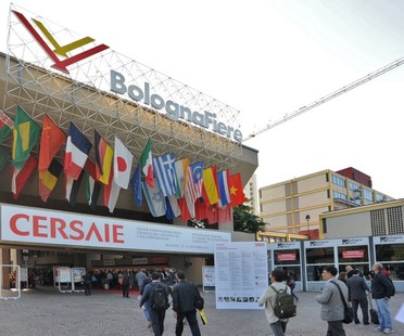Cersaie 2015 art forms for ceramics and events at the 33rd edition
