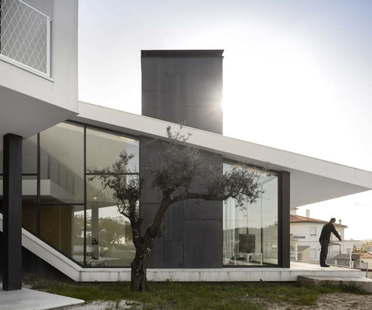 Contaminar Arquitectos Vidigal House residential architecture in Portugal