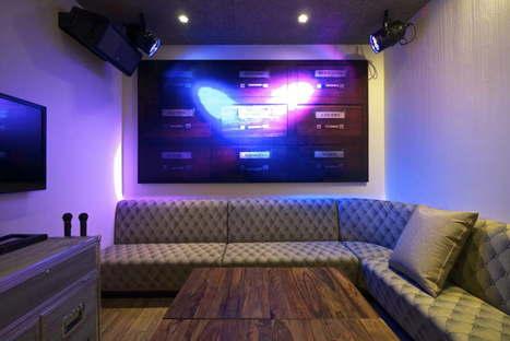 Karaoke in Tel Aviv: Plug In by Yaron Tal