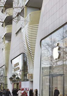 UNStudio Le Toison d'Or homes and shops in Brussels