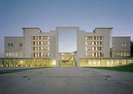 École d'architecture de Clermont-Ferrand - Besset-Lyon Arch. photo by Axel Dahl