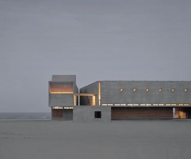 Vector Architects Seashore Library