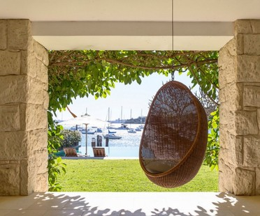 Luigi Rosselli Architects' Waterfront Palazzo withstands the test of time