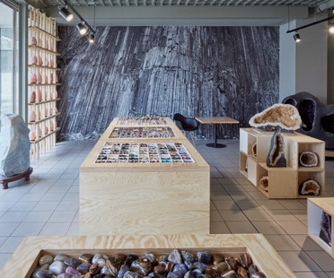 Henkai Architects' Precious Stone Gallery