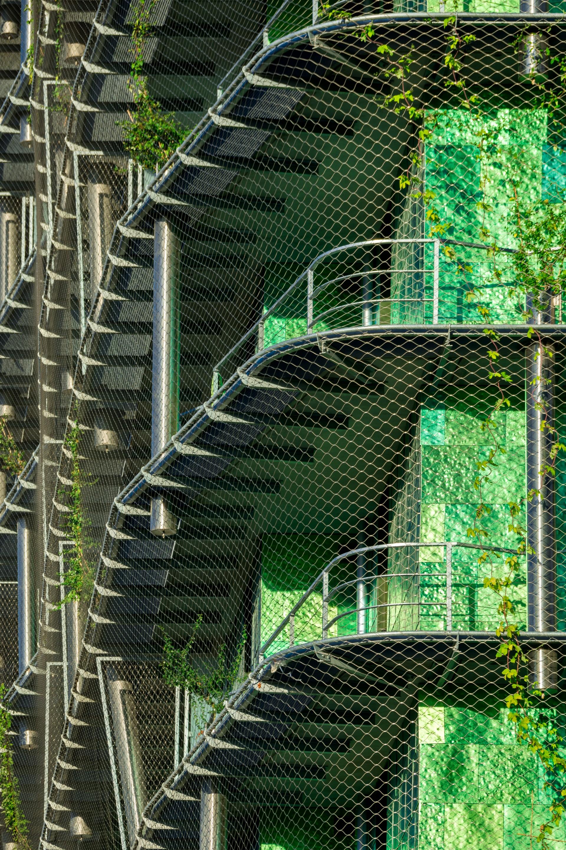 maison edouard francois m6b2 biodiversity tower paris floornature. Black Bedroom Furniture Sets. Home Design Ideas