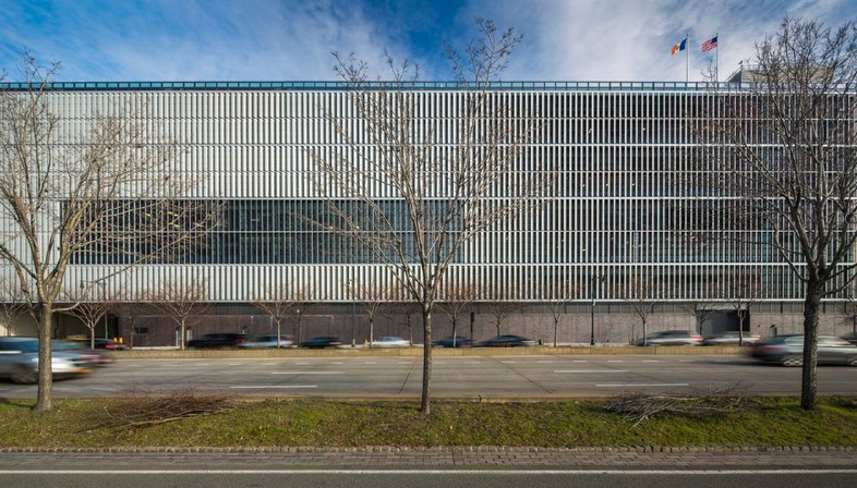 Dattner Architects and WXY architecture + urban design Manhattan Districts 1/2/5 Garage and Salt Shed