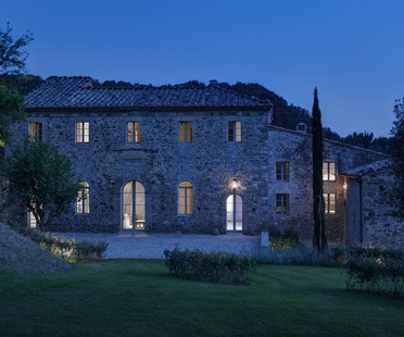 House in Montalcino by Pignattai, Vossaert and Groppi
