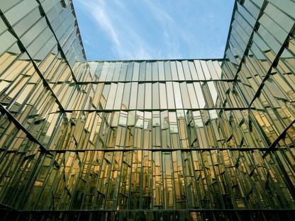 Piuarch Façades: la pelle dell'architettura installation