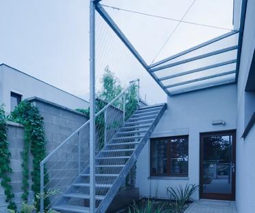 Extension on a Slivenec house by Barbora Leblova