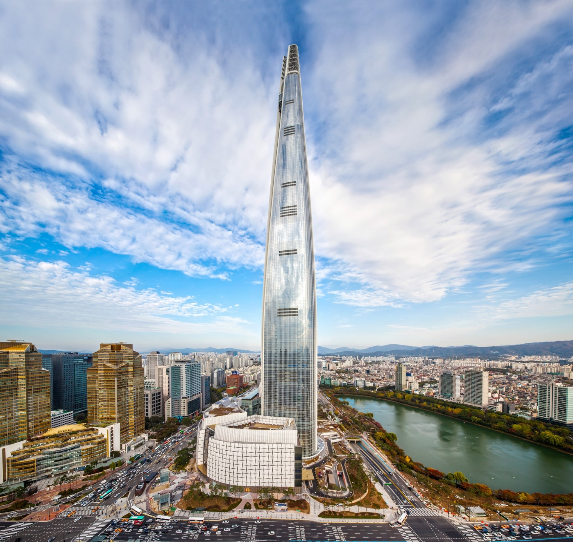 Lotte World Tower The World S Fifth Tallest Skyscraper Is