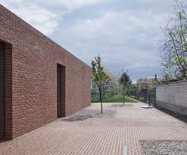 An elegy of brick: Brick Garden with Brick House by Jan Proska