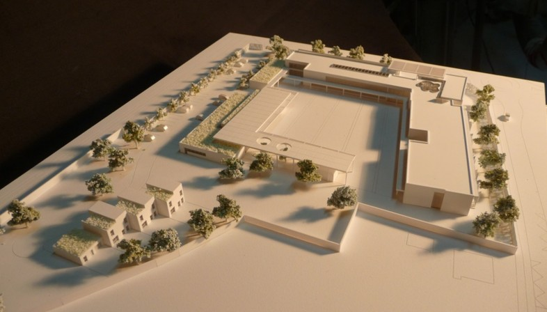 claudia sansovini college in vulainessurseine france floornature. Black Bedroom Furniture Sets. Home Design Ideas