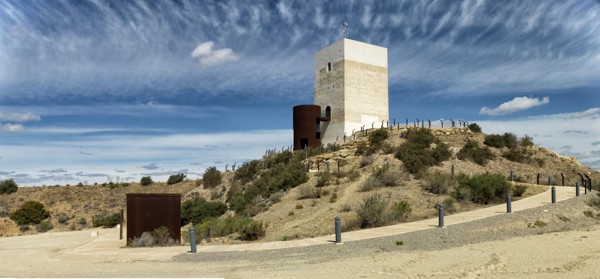 Castillo Miras Arquitectos Restoration of the Nasrid Tower of ...