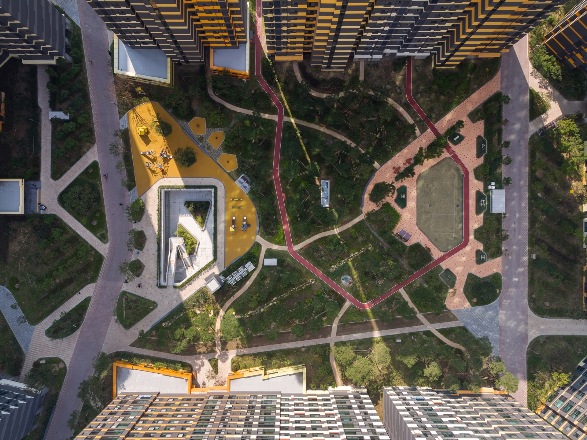 UNStudio urban identity on a human scale at IPark