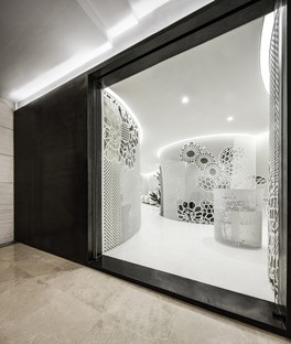Lily Nails: lace in the interior design by Archstudio