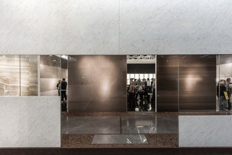 Ariostea's Ultra Marmi and Ultra Onici collections at Cersaie 2017