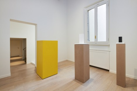 Sol LeWitt Between the Lines and architecture exhibition