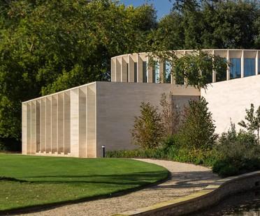 Niall McLaughlin Architects, The Sultan Nazrin Shah Centre, Oxford