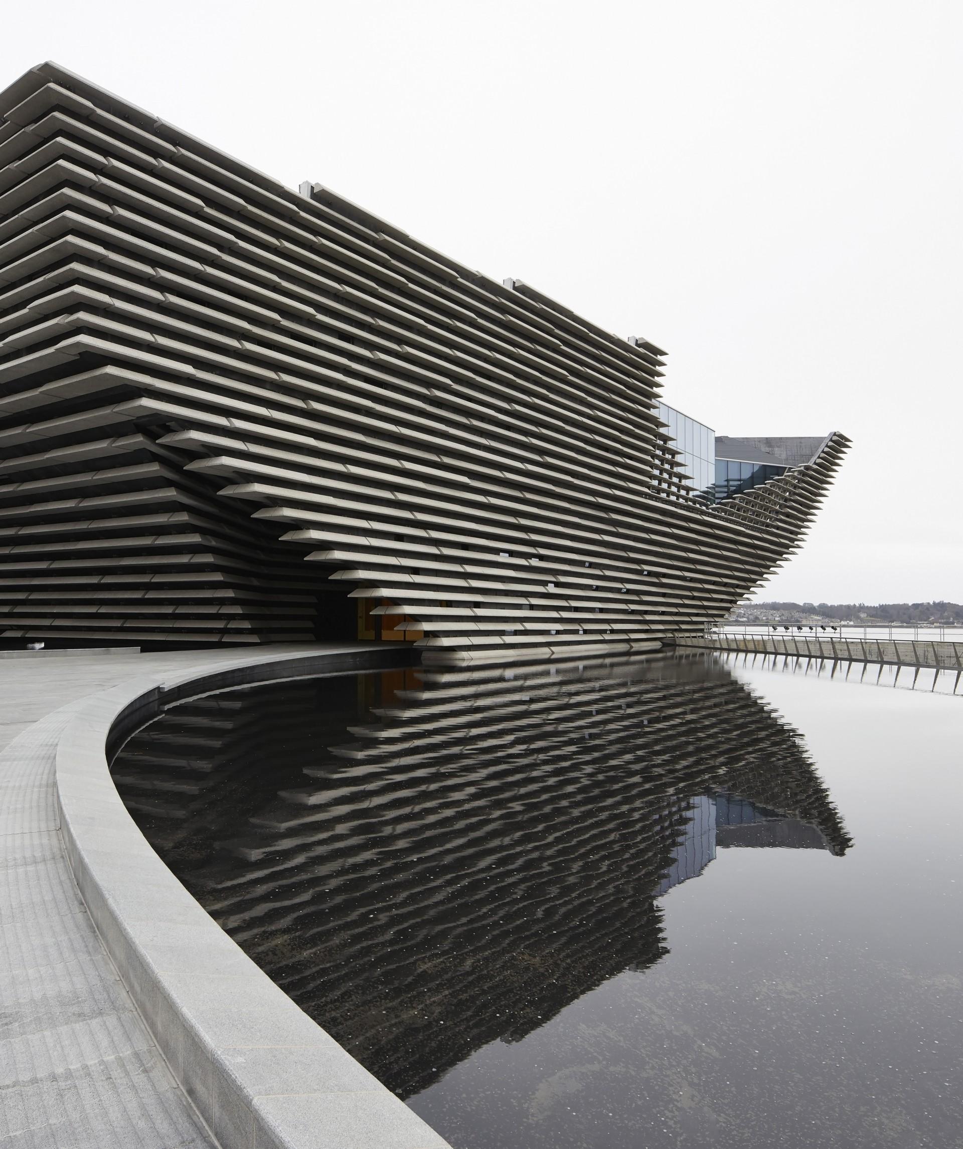 Kengo Kuma V&A Dundee, Scotland