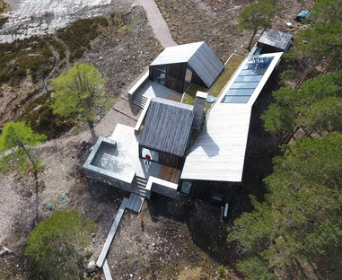 Haysom Ward Miller Architects' Lochside House named RIBA house of the year