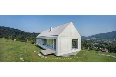 Robert Konieczny Moving Architecture exhibition in Berlin
