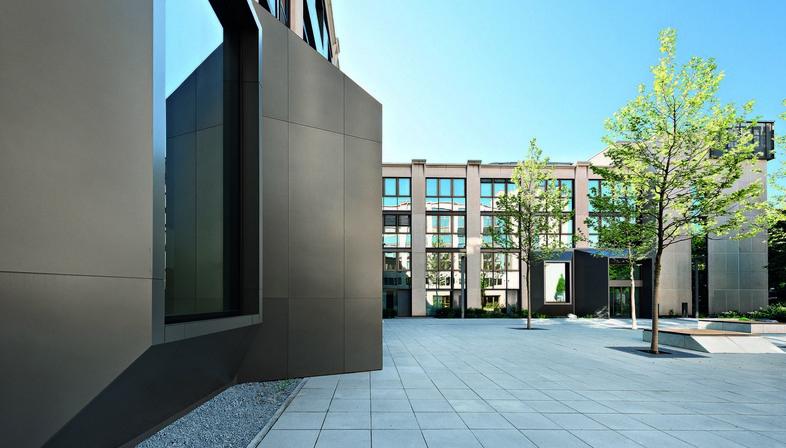 Oliv Architekten, new life for the Peak Munich offices