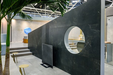 The latest slabs and stands by Iris Ceramica Group at CERSAIE 2019