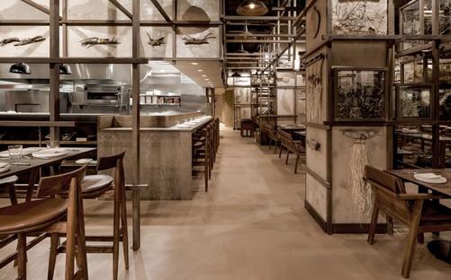 Tzuco un restaurant pour Carlos Gaytán à Chicago, signé Cadena Concept Design