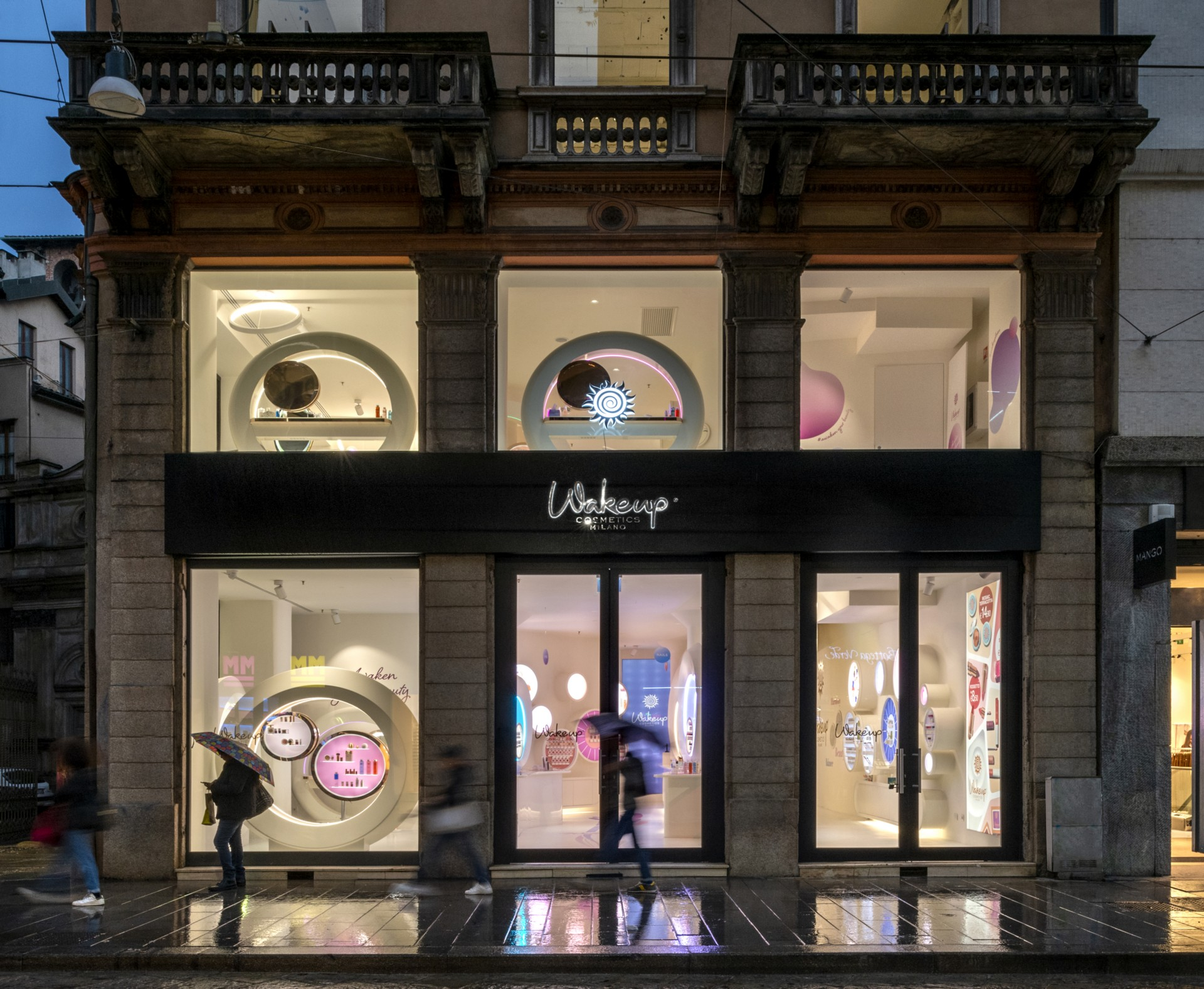 Lombardini22's FUD designs the new WakeUp Cosmetics store in Milan