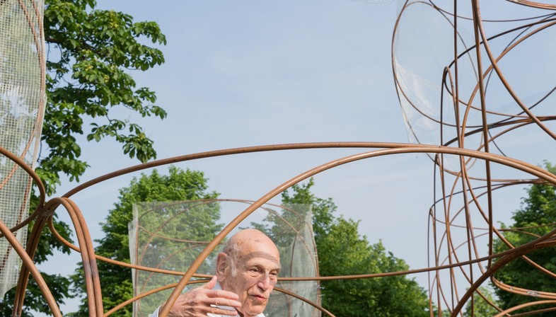 Goodbye to Yona Friedman, with his Mobile Architecture and feasible utopias