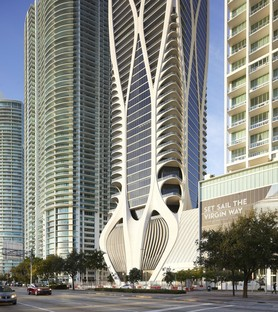 Zaha Hadid Architects One Thousand Museum: a skyscraper with an exoskeleton in Miami