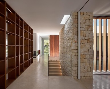 Ramón Esteve Casa en La Cañada contemporary patio home in Valencia