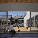 Yamazaki Kentaro Design Workshop creates the Hayama House, Terrace in the town