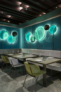 Maurizio Lai - Light installations and geometries for a restaurant project