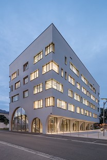 Berger+Parkkinen Associated Architects designs new Pharmaceutical Institute and Laboratory building in Salzburg