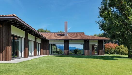 Federico Delrosso Villa Alce in Biella: contemporary spaces surrounded by greenery