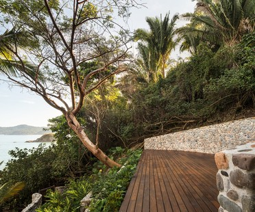 Main Office redesigns the traditional Mexican villas of Villa Pelícanos in Sayulita