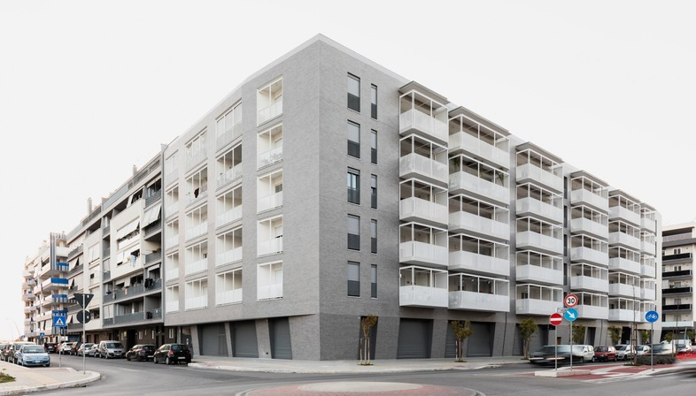 Alvisi Kirimoto Viale Giulini Affordable Housing in Barletta