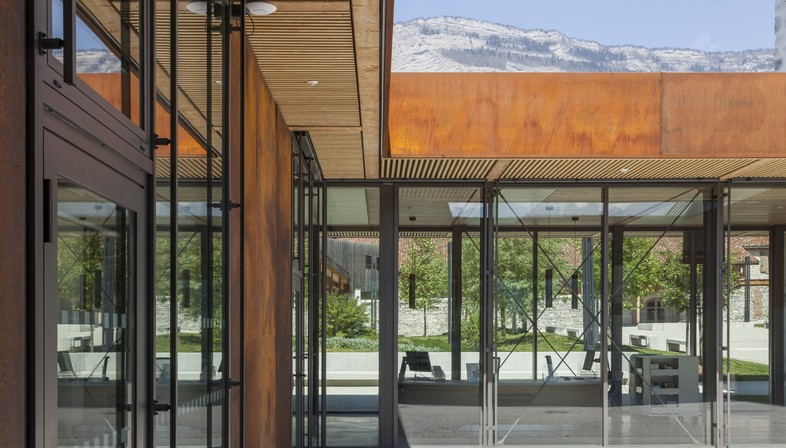 Chapuis Royer Architectures Multimedia library Montbonnot Saint-Martin