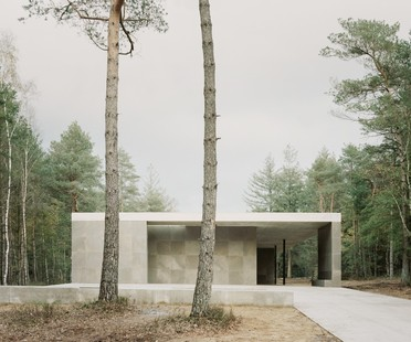 KAAN Architecten designs Loenen Pavilion, a memorial building in harmony with nature