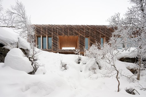 Mork-Ulnes Architects Skigard Hytte living amid nature in Norway